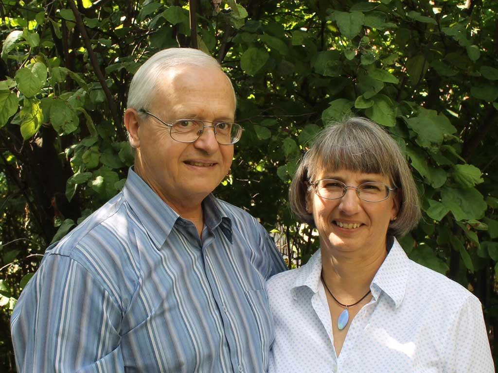 DAN & JANET SNYDER